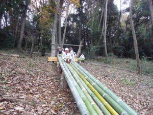 竹の滑り台