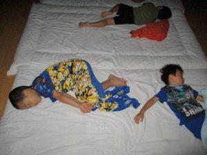 にじ組宿泊保育⑤就寝