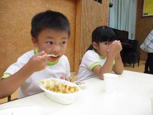 夕食の様子②