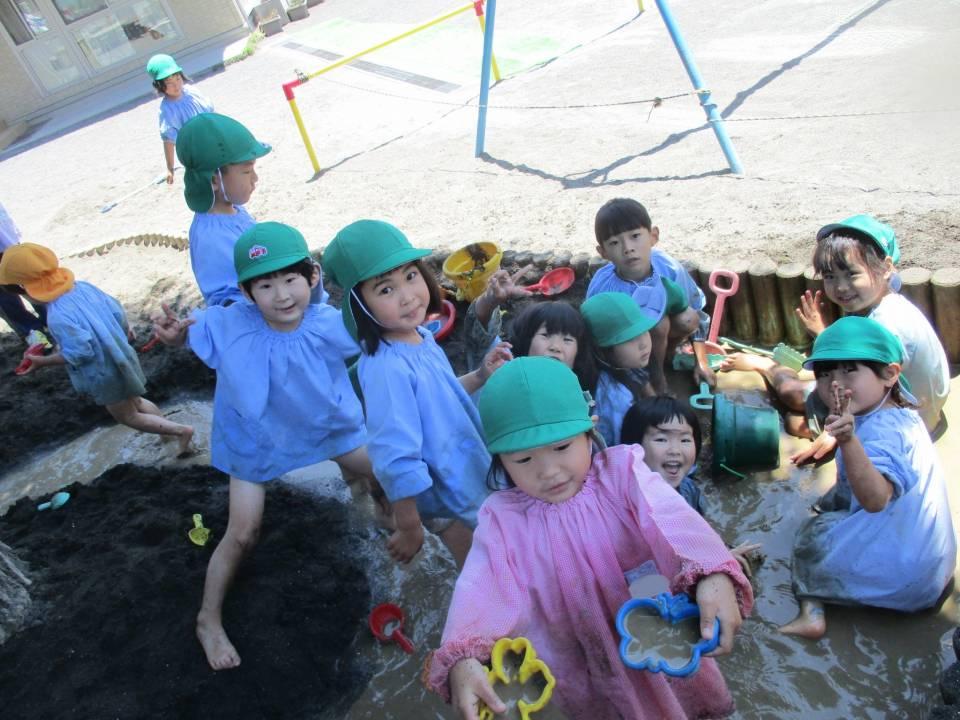 今年も泥んこ遊びの季節がきました!