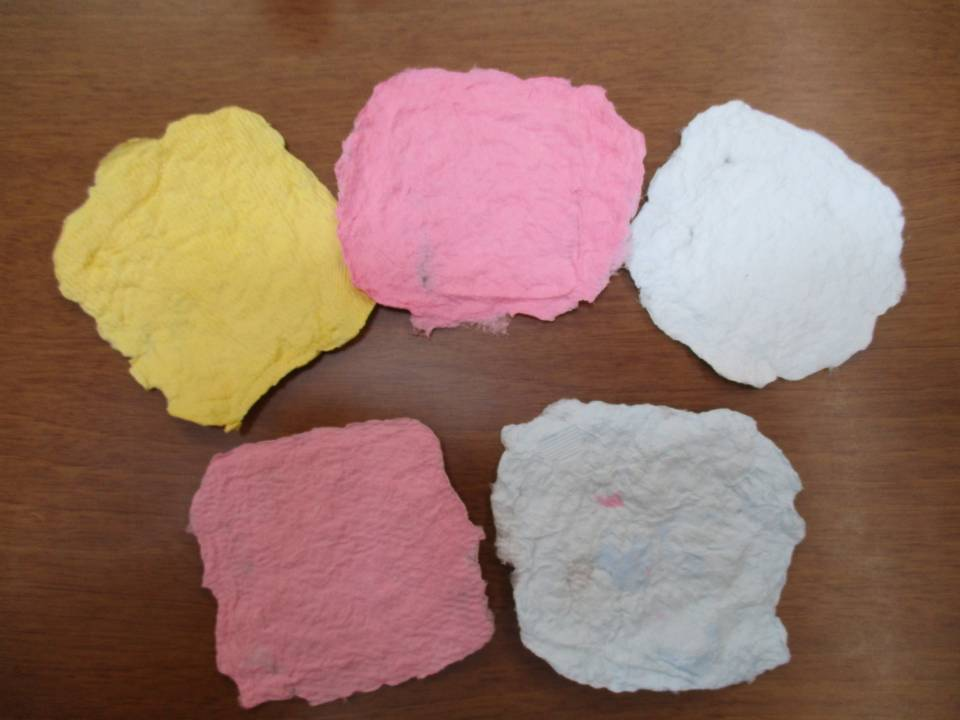 紙すきに挑戦